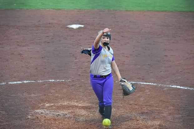 SB: Lady Dawgs Fifth Lifts Them Over Blackman | Smyrna, Blackman, Softball, WGNS, Murfreesboro news, Murfreesboro sports, WGNS News