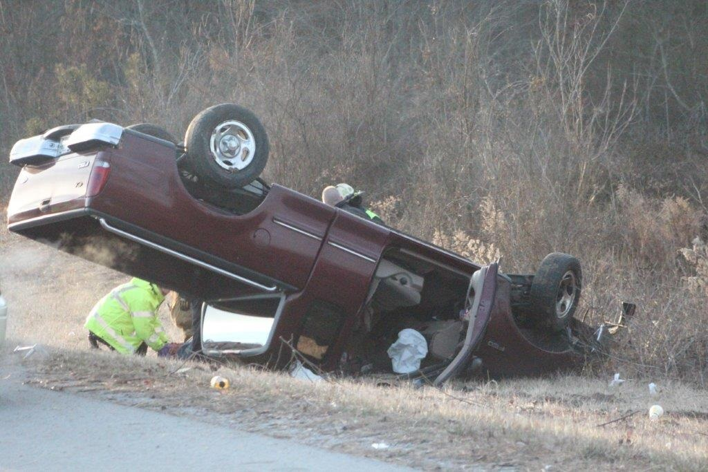 Smyrna resident who is a Coffee County Coach, wrecked on I-24