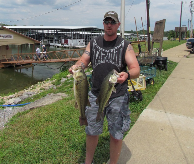 Enter the LaVergne Fishing Tournament | LaVergne, LaVergne Police,fishing tournament, fishing, fish,Percy Priest, Nashville Fishing tournament, fishing contest,Percy Priest Lake fishing tournament