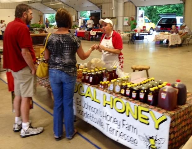 Farmer's Market Open for the Season | Rutherford County Farmer's Market; opening day; Lane Agri Park; WGNS