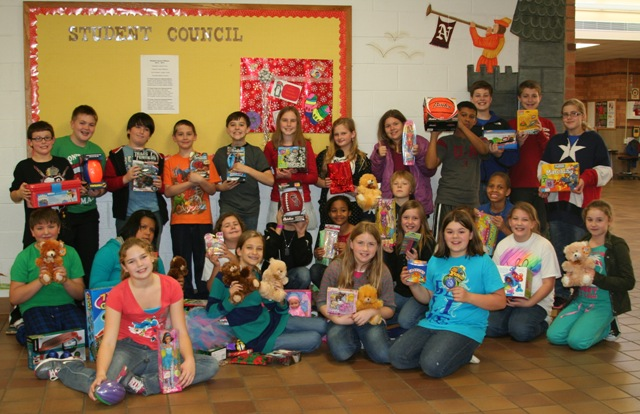 Northfield Elementary Helps Local Foster Children