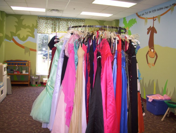 PARENTS: Help is Available if You Can Not Afford to Buy a Prom Dress for your Daughter | Archie's Promise, Archies Promise, Archie, Murfreesboro news