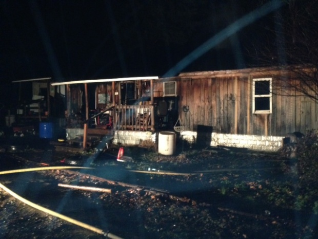 Roof of Mobile Home Caves In During Monday Fire, Volunteer Fire Departments Fight the Blaze | mobile home fire, fire, Kittrell Fire, Woodbury, Lascassas, Lascassas Volunteer, Murfreesboro news