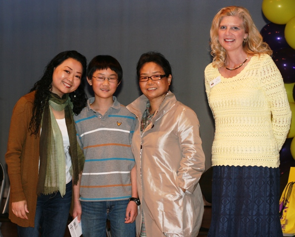 Central's Shawn Zheng (6th Grade) Won Spelling Bee!