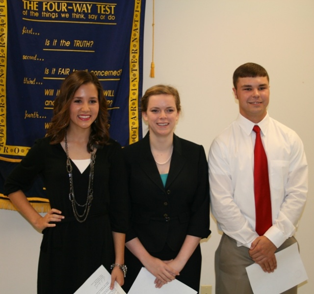 "Emily Grayson Hamby Moves To Next Level of Rotary ""4-Way Test"" Speech Competition"