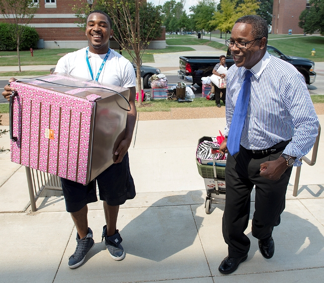 """We Haul"" Makes MTSU's Student Move-In Easier!"