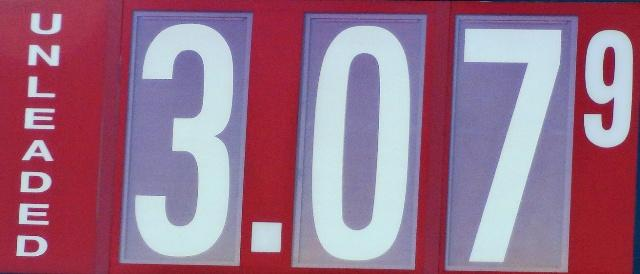Gas Prices Unchanged From Last Week In 'Boro | gas, $3.07, same, Murfreesboro, WGNS