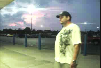 Smyrna Police Looking for Wal-Mart Thief | Smyrna Police, Smyrna news, WGNS News, WGNS, theft, Wal-Mart