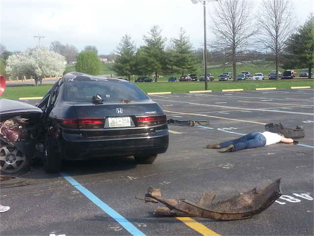 mock crash at riverdale high tuesday murfreesboro news and radio. Black Bedroom Furniture Sets. Home Design Ideas