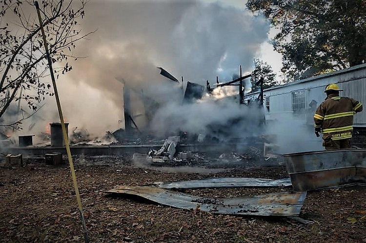Sunday Morning Home Fire In Cannon County