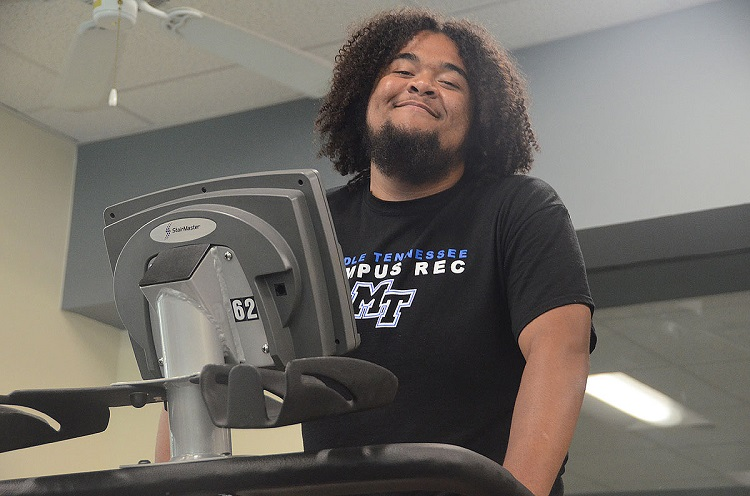 MTSU Campus Rec lifting student toward 100-pound weight loss goal
