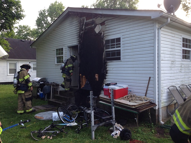 MFRD Responds to Fire at 607 Carver Ave