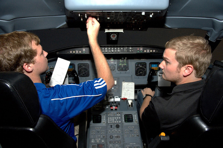 Delta partnership to thrust MTSU student pilots, alums to careers