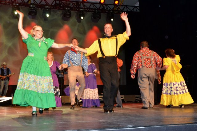 Cripple Creek Cloggers Wrap-Up French Tour