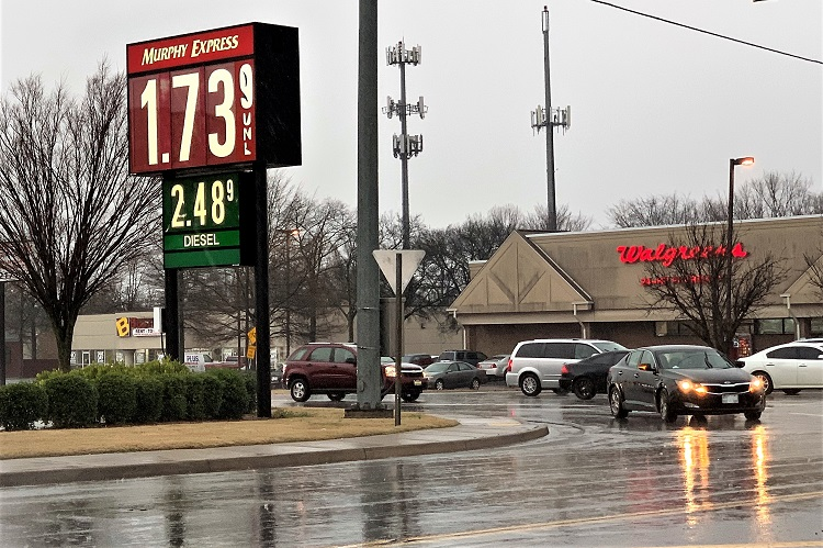 Murfreesboro Regular Gas $1.73/Gallon