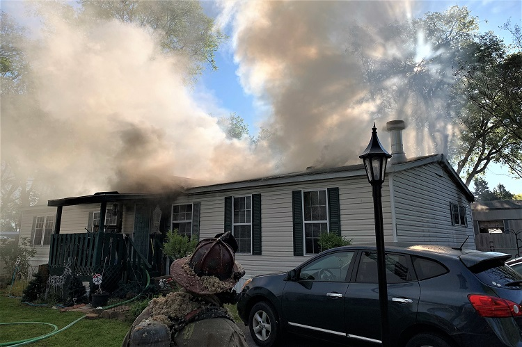Two families were displaced around 7:48AM Saturday morning, when their mobile homes at Cedar Park Mobile Homes on North Tennessee Boulevard were engulfed in flames.