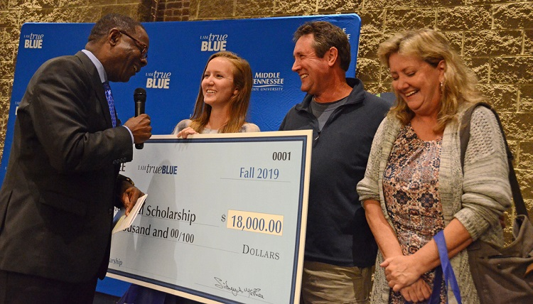 Dec. 1 deadline looms for MTSU's enhanced scholarships