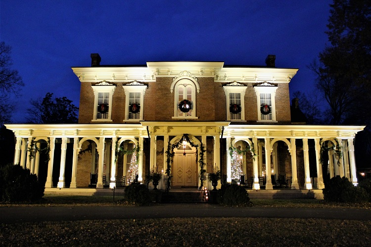 Usher in the holiday season with an enchanting tour of historic homes and landmarks. The annual Oaklands Christmas Candlelight Tour of Homes is tonight (Saturday 12/7/2019) from 4:00 - 8:00PM.
