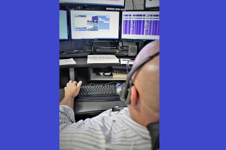 Callers using smart phones to dial 911 can video emergency scenes and chat with dispatchers with an enhancement to the Emergency 911 system, the first in Tennessee, said Rutherford County Sheriff Mike Fitzhugh.