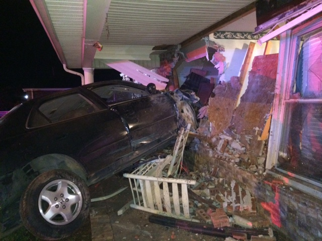 Car Crashes into House on Red Mile Road