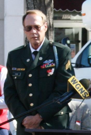 Longtime Veterans Day Emcee Spencer Lane Dixon Dies