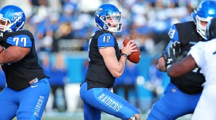MT QB Stockstill named to Maxwell list