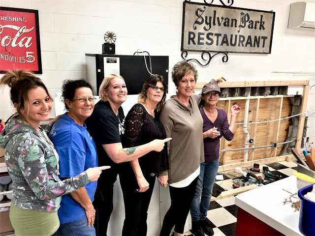 Sylvan Park Restaurant Will Re-Open 6:30AM THURSDAY