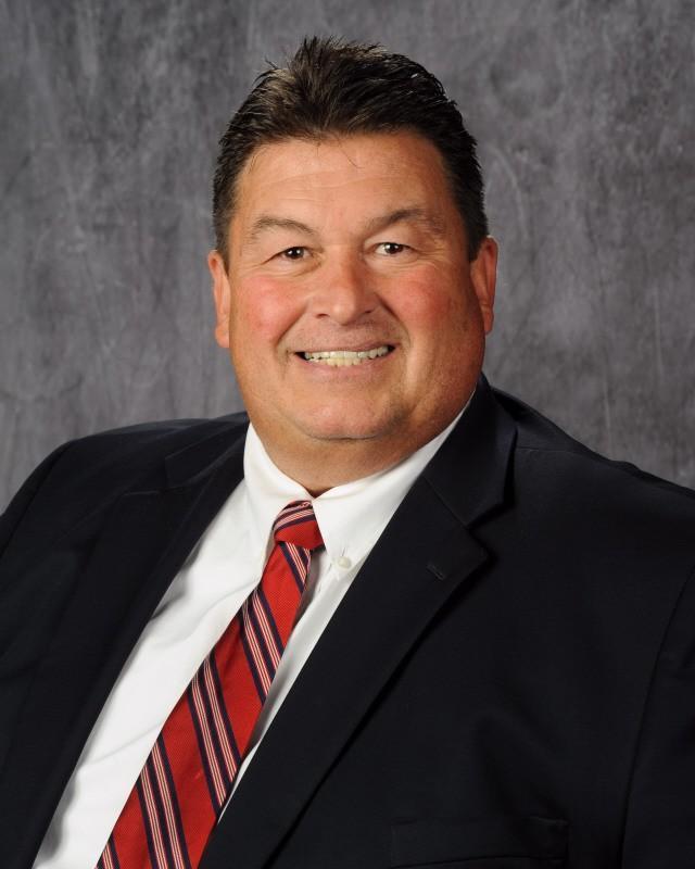 Eagleville Principal Announces Retirement
