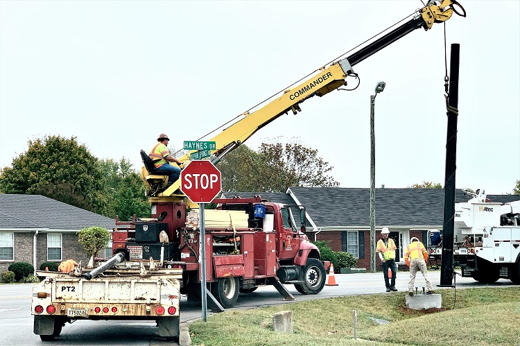 TRAFFIC SIGNAL LIGHT Coming To Haynes Dr @ Sulphur Springs