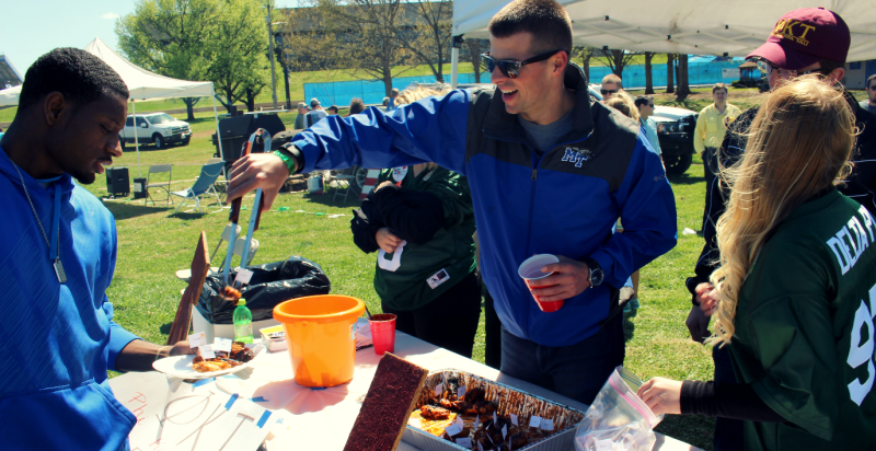 Finger Licking Good! 13th Annual Kappa Delta Wing Fling