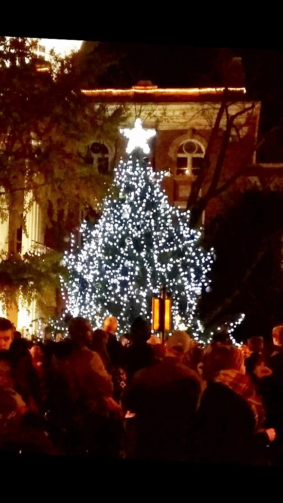 Christmas Tree Lighting On Murfreesboro Square