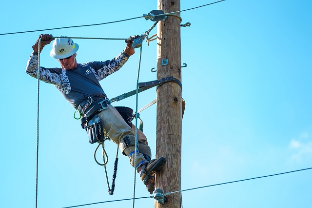 Two Local MTEMC Linemen Compete