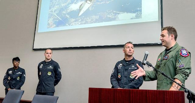 Air Force Raptor Team Visits MTSU