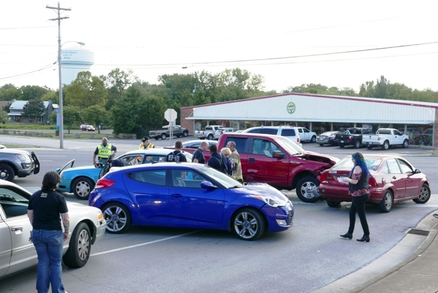 4-Vehicle Crash Slows Broad at Vine On Wednesday Afternoon